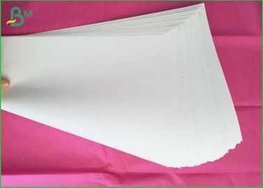 61x86cm Big Sheet Uncoated Woodfree Paper 100% Virgin Wood Pulp Material For Book