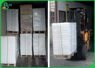 50g 55g 60g 70g 80g UWF Woodfree Paper With 610mm * 860mm Sheet