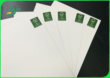 China 200gsm 250 gsm Pure Wood Pulp Glossy One Side Coated White Board For Cards supplier