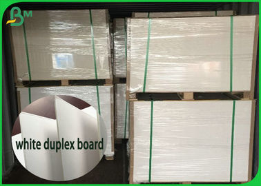 China 1.35mm 1.5mm High Thickness Coated White Cardboard Sheet 100% Virgin Pulp supplier